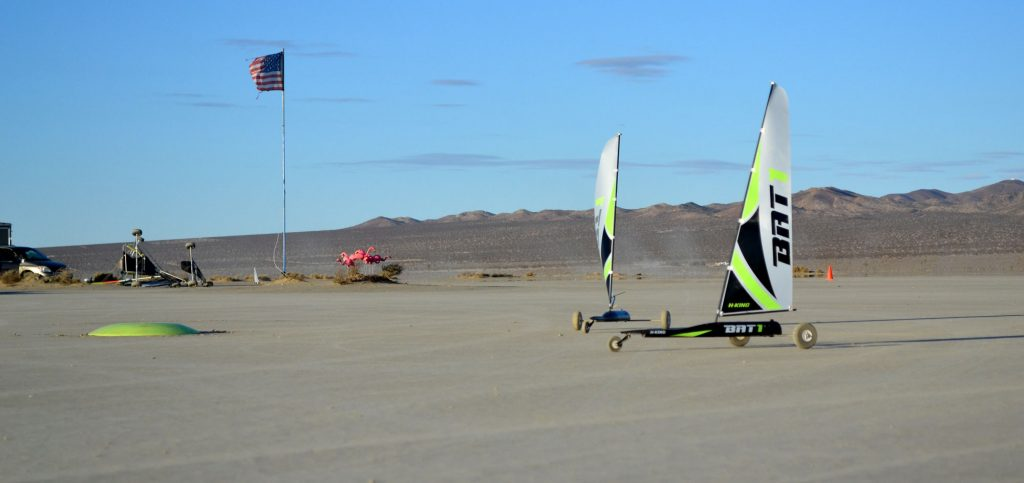 Bats rounding mark at El Mirage Photo: Blake